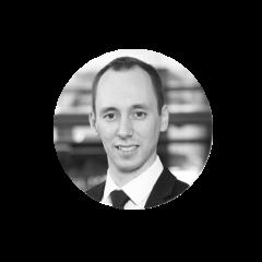 Andriy Strogan est motivé à découvrir l'inattendu et l'inconnu et à apprendre en continu. En tant que consultant en gestion et ingénieur professionnel expérimenté, il considère qu'il est essentiel d'apporter une approche structurée à tout ce qui l'entoure. Avec Juniper, Andriy s'est concentré sur l'aide aux organisations des secteurs financier et éducatif pour développer des stratégies de transformation et des solutions éclairées par des recherches approfondies sur les consommateurs, leur permettant de mieux servir leurs partenaires.