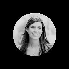 Catherine Rousseau-Saine a à cœur d'aider les leaders et les organisations à s'adapter aux nouveaux défis et à développer leur plein potentiel. Elle conseille des clients dans divers secteurs d'activité en mettant l'accent sur la réflexion et la planification stratégiques, le renforcement de leur capacité de négociation et la gestion de relations complexes. Avant de joindre Juniper, Catherine a travaillé au Cirque du Soleil au sein de l'équipe de stratégie et de développement des affaires, en tant que directrice des opérations de l'accélérateur de startups Ecofuel et comme avocate chez Norton Rose Fulbright.