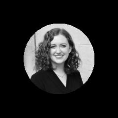 Sabrina maintien que le consommateur devrait etre a coeur de tout conception. Avant de travailer avec Juniper, Sabrina a contribuer a la conception d'experience pour des grandes entreprises comme Polycom ainsi que des start-ups comme Aifred Health. Elle est dans sa derniere annee de son baccalaureat a l'universite McGill.